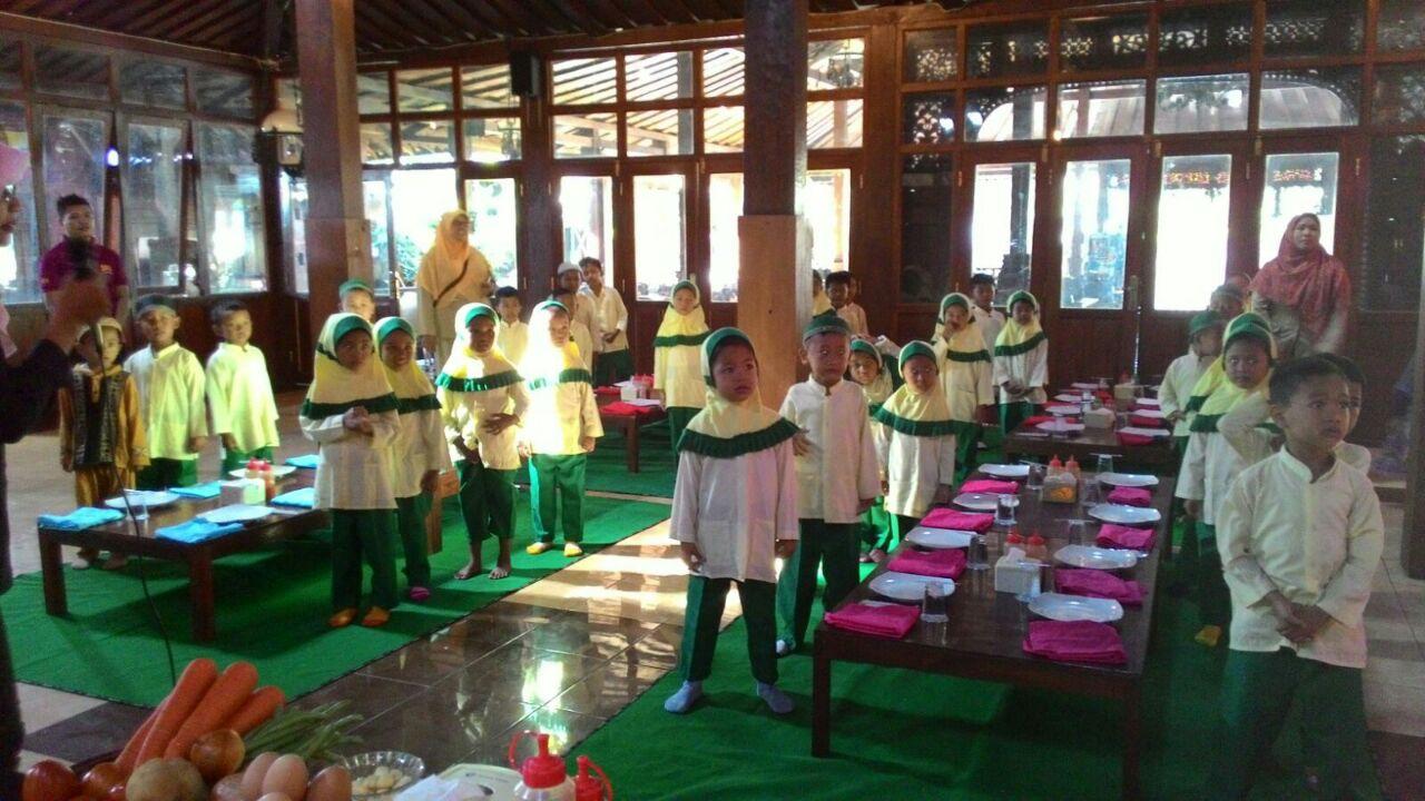Cooking class at SFA Karanganyar